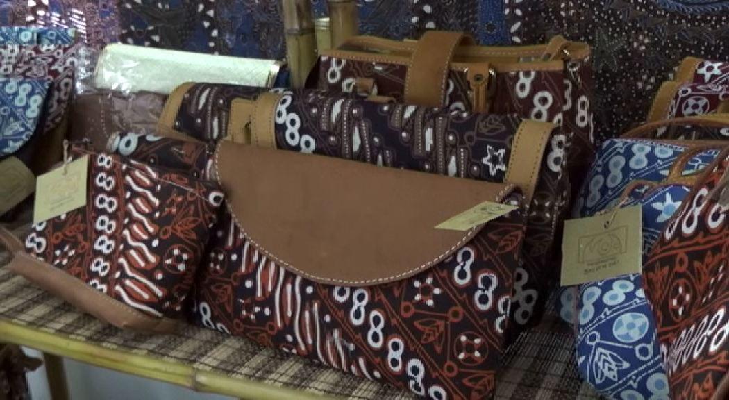 Amazing Batik 1.mp4_000231270
