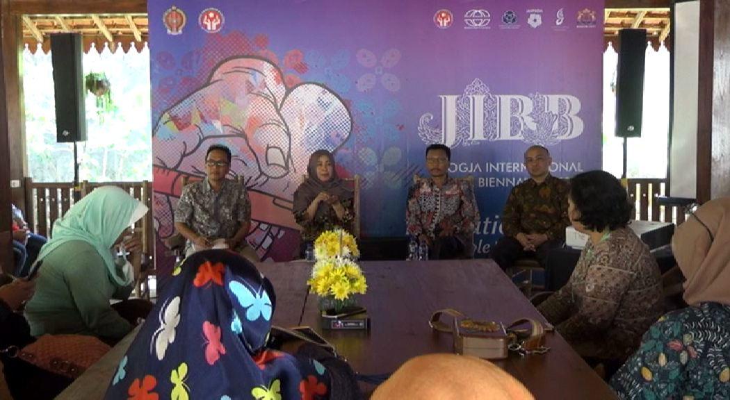 Amazing Batik 1.mp4_000268803
